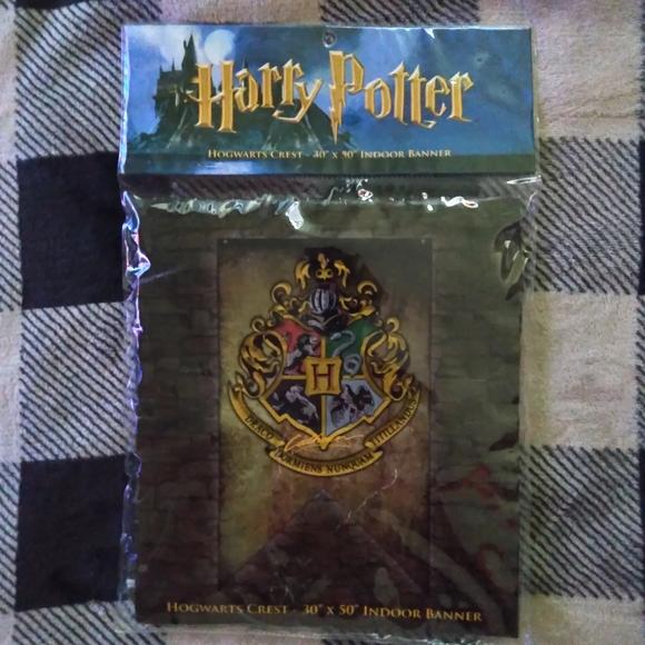 Harry Potter Hogwarts Crest Banner